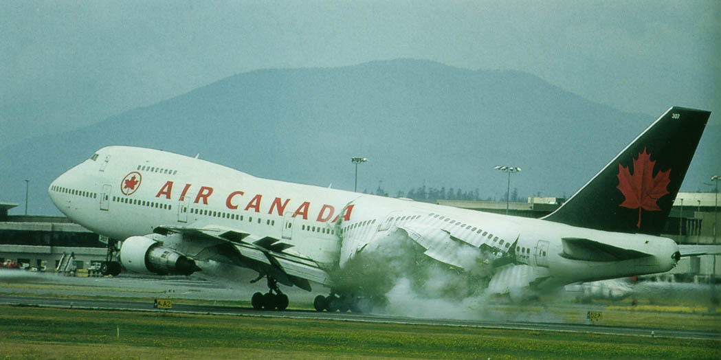 Air Canada in trouble